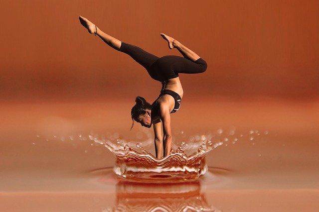 tanec s akrobacií