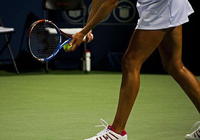 podání tenistky