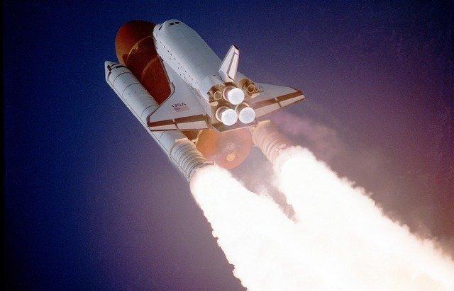 odstartování raketoplánu