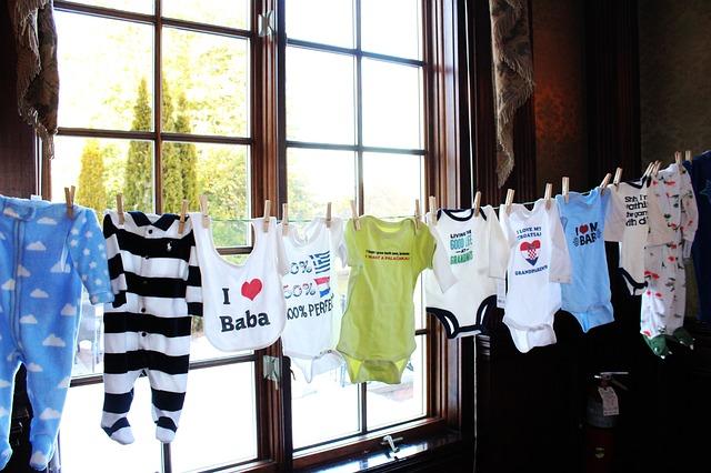 oblečení na miminko.jpg